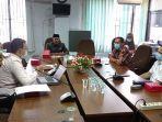 hearing_komisi_ii_dprd_pekanbaru_dengan_pertamina_premium_masih_disalurkan_di_pekanbaru.jpg