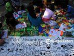 hut-ke-3-komunitas-doodle-art-pekanbaru.jpg<pf>anak-anak-menggambar-di-areal-cfd-pekanbaru.jpg<pf>anak-anak-menggambar.jpg