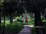 hutan-kota-hutan-taman-kota_20170723_144044.jpg