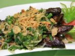 ikan-selais-cabe-hijau-kuliner-khas-pekanbaru_20171107_111815.jpg