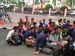 imigran-bangladesh-diamankan-polres-dumai-19022016_20160219_123931.jpg