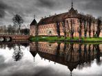 istana-voergaard-castle-denmark_20180622_122244.jpg