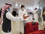 jemaah-umroh-saat-tiba-di-bandara-internasional-king-abdulaziz.jpg