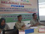 kampung-cyber-di-kelurahan-koto-lalang-menyuguhkan-aplikasi-berbasis-website-untuk-masyarakat_20180821_215640.jpg