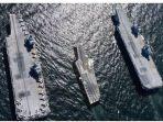 kapal-induk-prancis-diapit-oleh-dua-kapal-induk-inggris.jpg