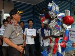 kapolda-riau-di-hut-tribun-pekanbaru_20170418_143624.jpg