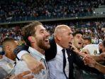 kapten-real-madrid-sergio-ramos-merayakan-gelar-juara-la-liga-spanyol_20170522_110535.jpg