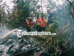 kebakaran-hutan-dan-lahan-di-pulau-burung-satu-unit-helikopter-bpbd-riau-diturunkan-untuk-pemadaman.jpg