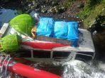 kecelakaan-di-lembah-anai-ada-mobil-terjun-ke-sungai-belum-dilaporkan-ada-korban-jiwa-1.jpg