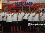 kepala-daerah-deklarasi-relawan-jokowi-maruf-amin-di-pekanbaru-riau_20181010_225503.jpg