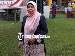 kisah-perempuan-jadi-kepala-sekolah-di-pekanbaru-mahasiswa-tertua-s2-di-universitas-islam-riau.jpg