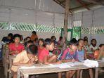 kisah_sekolah_marjinal_dusun_datai_perjuangan_agar_anak-anak_pedalaman_tnbt_raih_pendidikan_1.jpg