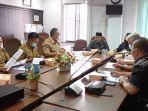 komisi_ii_dprd_pekanbaru_hearing_dengan_disperindag_bahas_r-apbd_2022.jpg