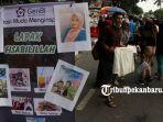 komunitas-generasi-baru-indonesia-berdagang-di-kawasan-car-free-day-pekanbaru-3_20180318_114059.jpg