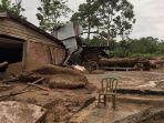 kondisi-banjir-bandang-lintau-buo-sumbar_20181012_090158.jpg