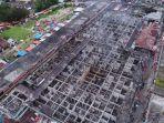 lantai-atas-pasar-atas-bukittinggi-tinggal-kerangka_20171030_232240.jpg
