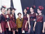 leonardo-radya-putra-baru-saja-mengikuti-pagelaran-karya-perdananya-di-karawang-fashion-culture-2019.jpg