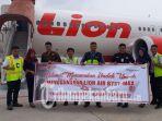 lion-air-akomodir-penerbangan-umroh_20181002_210229.jpg