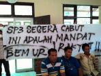 mahasiswa-bentang-sepandung-pn-pekanbaru-praperadilan-sp3_20161122_221537.jpg