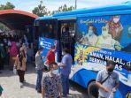 masyarakat-pekanbaru-membludak-saat-mengakses-layanan-bus-vaksinasi-keliling-di-rsd-madani.jpg