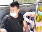 masyarakat-terus-berdatangan-ke-bus-vaksin-keliling-di-kota-pekanbaru.jpg