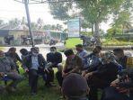mediasi-ketua-komisi-iv-dprd-lombok-tengah-h-supli.jpg
