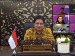 menko-airlangga-dalam-acara-webinar-memperingati-hari-ulang-tahun-persatuan-pelajar-indonesia-dunia.jpg