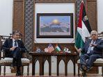 menlu-as-dan-presiden-palestina-mahmoud-abbas-bertemu-di-ramallah.jpg