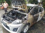 mobil-ertiga-terbakar.jpg