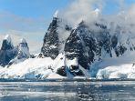 monster-setinggi-tiang-telepon-panjang-leher-tubuh-raksasa-ditemui-di-antartika-begini-bentuknya.jpg