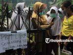 murid-sd-di-pekanbaru-akhirnya-diliburkan-karena-kabut-asap_2.jpg