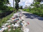 operator_angkutan_sampah_di_pekanbaru_masih_kesulitan_angkut_sampah_dari_pemukiman.jpg