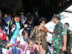 para-pengungsi-dari-wamena-kabupaten-jayawijaya-papua.jpg