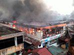 pasar-ateh-bukittinggi-terbakar-ok_20171030_083531.jpg
