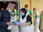 pasien_positif_klaster_magetan_di_pelalawan_sembuh_dari_corona_di-swab_8_kali_dan_isolasi_24_hari.jpg