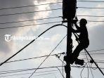 pekerjaan-pemeliharaan-jaringan-listrik-pemadaman-listrik-mati-lampu_20180901_070945.jpg