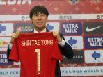 pelatih-timnas-indonesia-asal-korea-selatan-shin-tae-yong.jpg