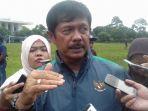 pelatih-timnas-indonesia-u-19-indra-sjafri_20170224_134540.jpg