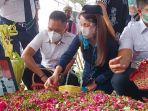 pemakaman-korban-kecelakaan-pesawat-sriwijaya-air-sj182-fadly-satrianto.jpg