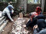 pemakaman-mantan-istri-komedian-sule-lina-zubaedah.jpg
