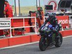 pembalap-monster-energy-maverick-vinales-dalam-sesi-latihan-bebas-motogp-emilia-romagna.jpg