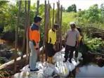 pembangunan-sekat-kanal-di-dumai_20160107_140635.jpg