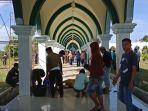 pemda-pelalawan-potong-hewan-kurban-di-masjid-ulul-azmi_20180823_105936.jpg