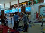 pemeriksaan-penumpang-di-bandara-ssk-ii-pekanbaru-1.jpg