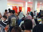 pemohon-suket-pengganti-ktp-elektronik-membludak-di-kantor-disdukcapil-pekanbaru-ini-sebabnya.jpg