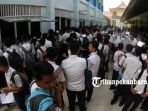 pendaftaran-siswa-baru-di-smkn-2-pekanbaru-ppdb-zonasi_20180703_141824.jpg