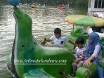 pengunjung-tampak-memadati-taman-rekreasi-alam-mayang_20180101_152638.jpg