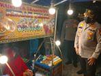 penjual-kerak-telor-di-jalan-harapan-raya-pekanbaru-diborong-kapolda.jpg