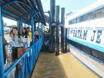 penumpang-kapal-pelabuhan-tanjung-harapan-selatpanjang_20180215_160016.jpg