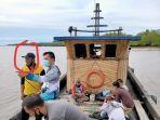 perahu-kayu-di-perairan-sungai-apit.jpg